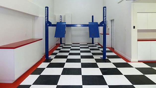 Trax Floor Tile Example 3